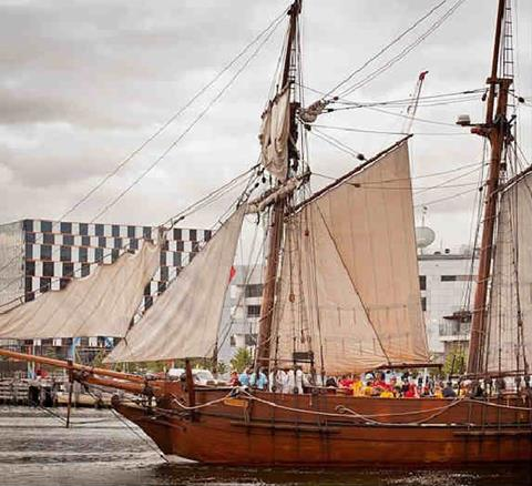 Enterprize ship brought the first settlers to Melbourne