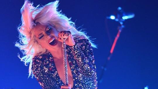 Lady Gaga sings