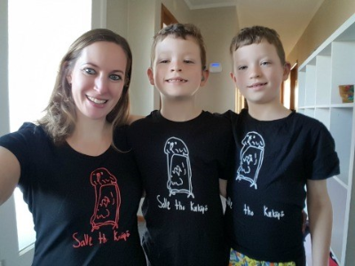 Mum, Kason and Cohen wearing t-shirt