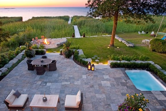Multi-functional patio with view