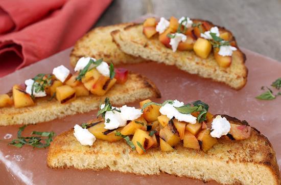 Grilled peaches & goat cheese bruschetta