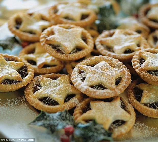 Mince pies and savouries with SSIT
