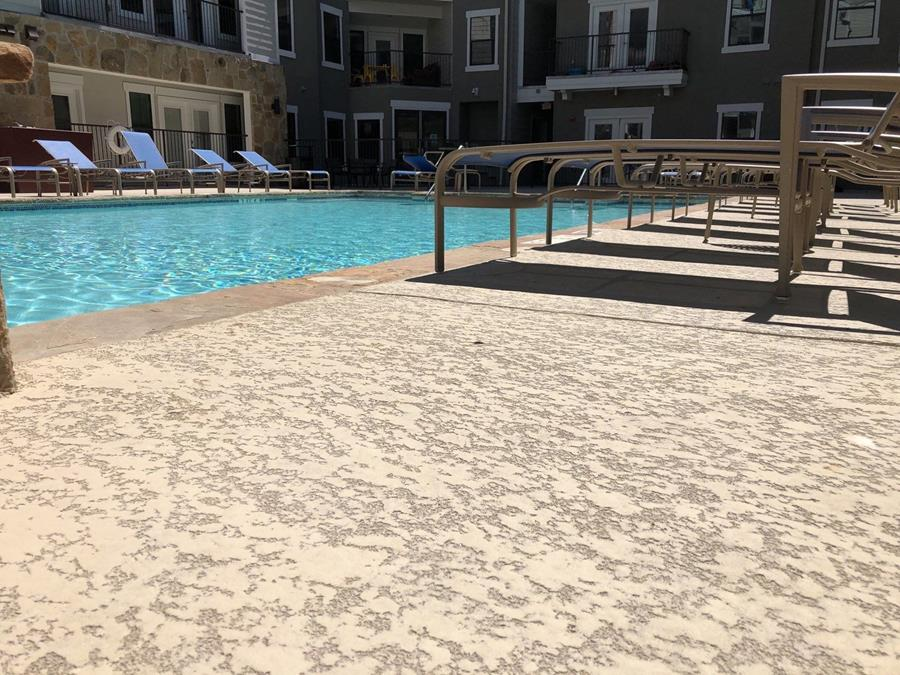 Pool deck coated with Classic Texture