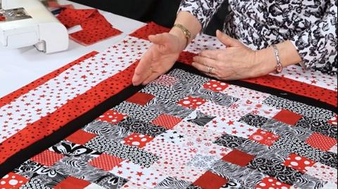 Adding borders to your quilt withValerie