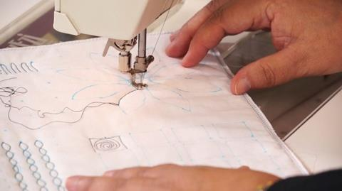 Free Motion quilting tip from Paula Doyle