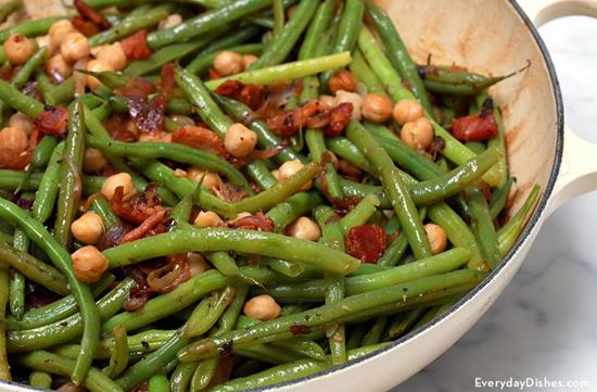 Bacon-braised green beans and chickpeas