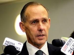 澳联协:澳大利亚议员鲍勃•布朗辞职